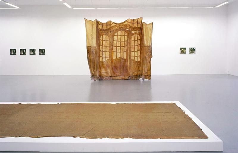 1988 Bellevue, Das kleine Glasportal, Migrosmuseum Zurich Textile and Latex, 340x455cm, 2004