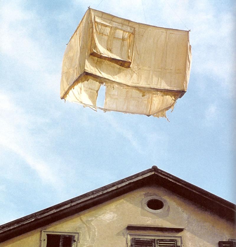 1980 fliegender Hautraum Ahnenhaus