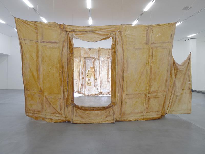1988, Hautraum Lindgut, Migrosmuseum Zurich, Textile and Latex, 2004